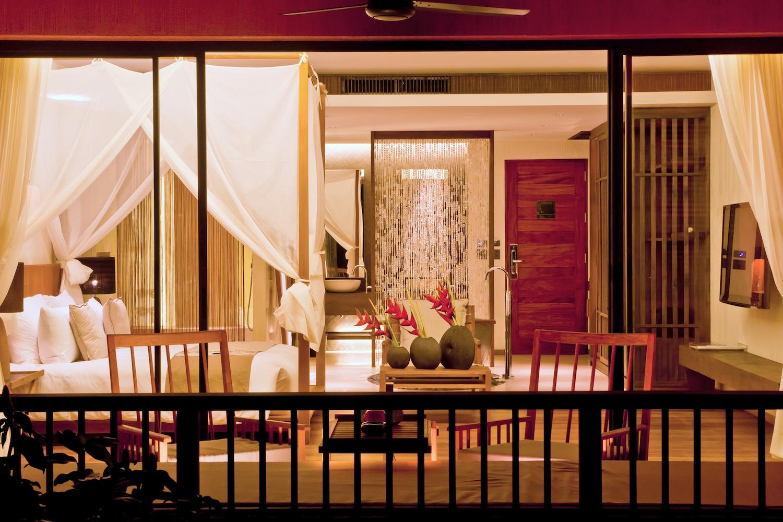 How To Redeem Luxury Resort And Hotel Room Benefits
