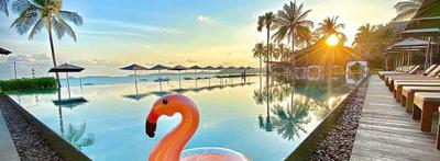 >Pool and Beach